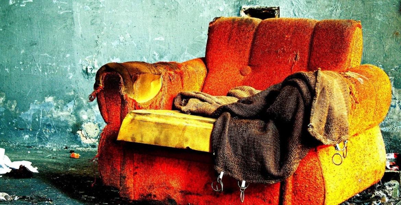 Вывоз старой мебели цена